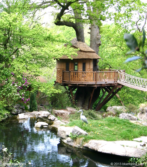 Treehouses around the world for Cabanas de jardin