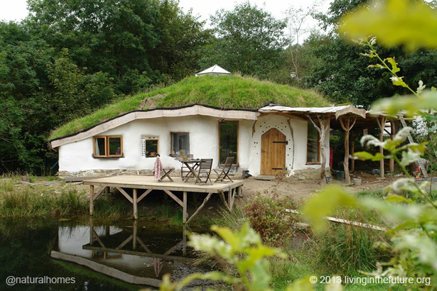 Living next to lammas ecovillage in wales - The cob house the beauty of simplicity ...