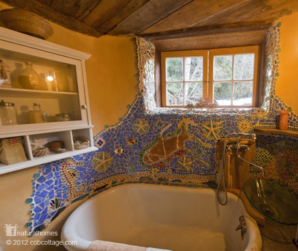 A bathroom mosaic in a cob house in oregon usa - The cob house the beauty of simplicity ...