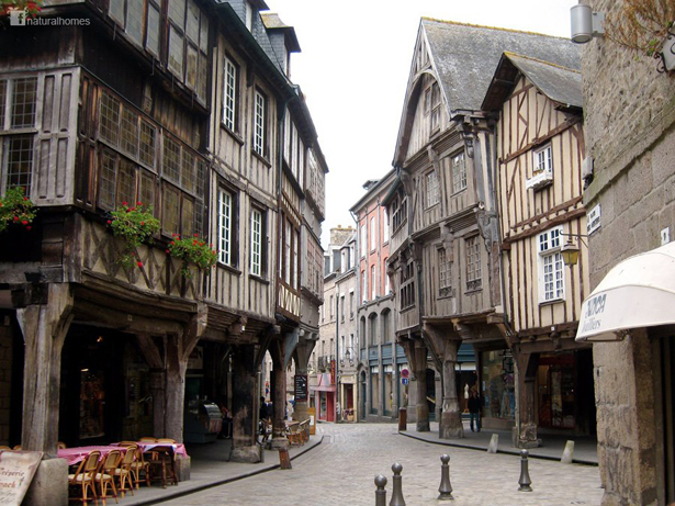Dinan France  city photos : The oak framed medieval streets of Dinan, France
