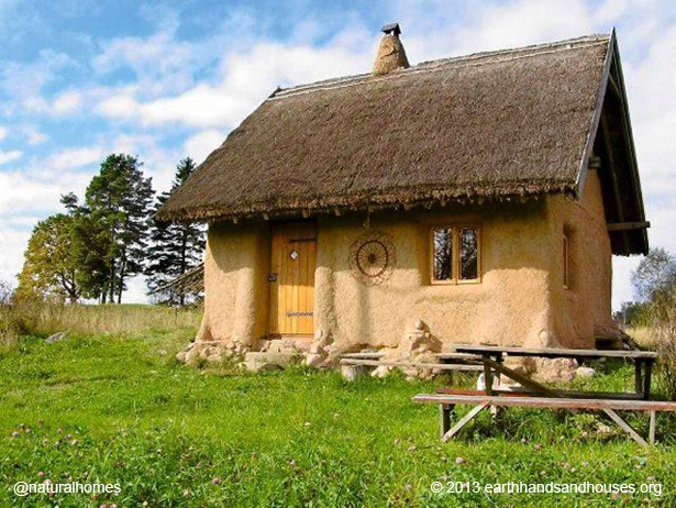 A tiny straw bale home for 10 000 in poland Cottage construction costs