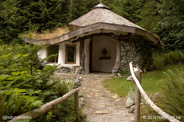 The cob house collection at natural homes for Holistic house