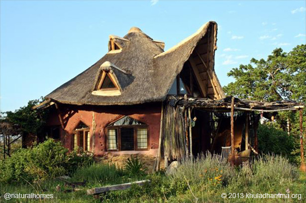 Khula dhamma an ecovillage of natural homes in south africa - The cob house the beauty of simplicity ...