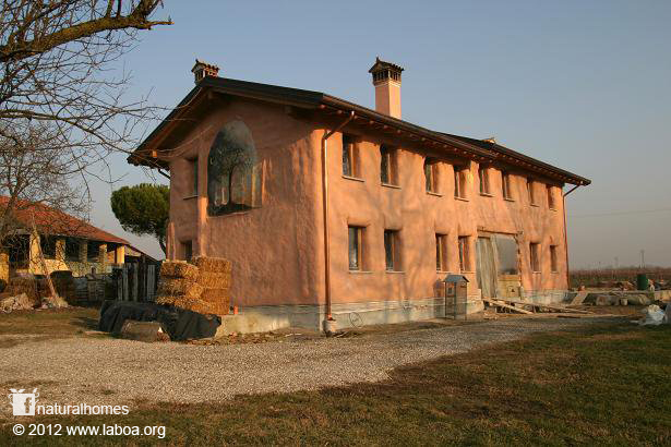 Italy 39 s first straw bale house - Straw bale house ...