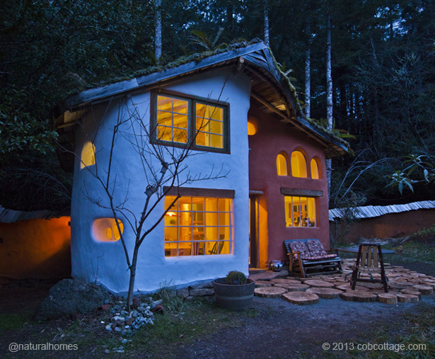Laughing House In Oregon Home To Cob Cottage Company