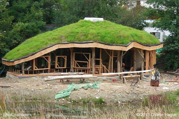 A 9 Step Guide To Building A Straw Bale Roundhouse For 23 000