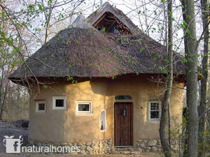 Bjarne Is A Natural Builder Who Specialises In Rørvæv (an Interwoven Reed  Lath), Clay Plastering, Cob And Straw Bale Building, Thatching And ...